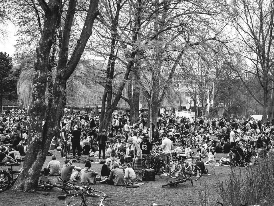 Frühlingsparty am Aachener Weiher